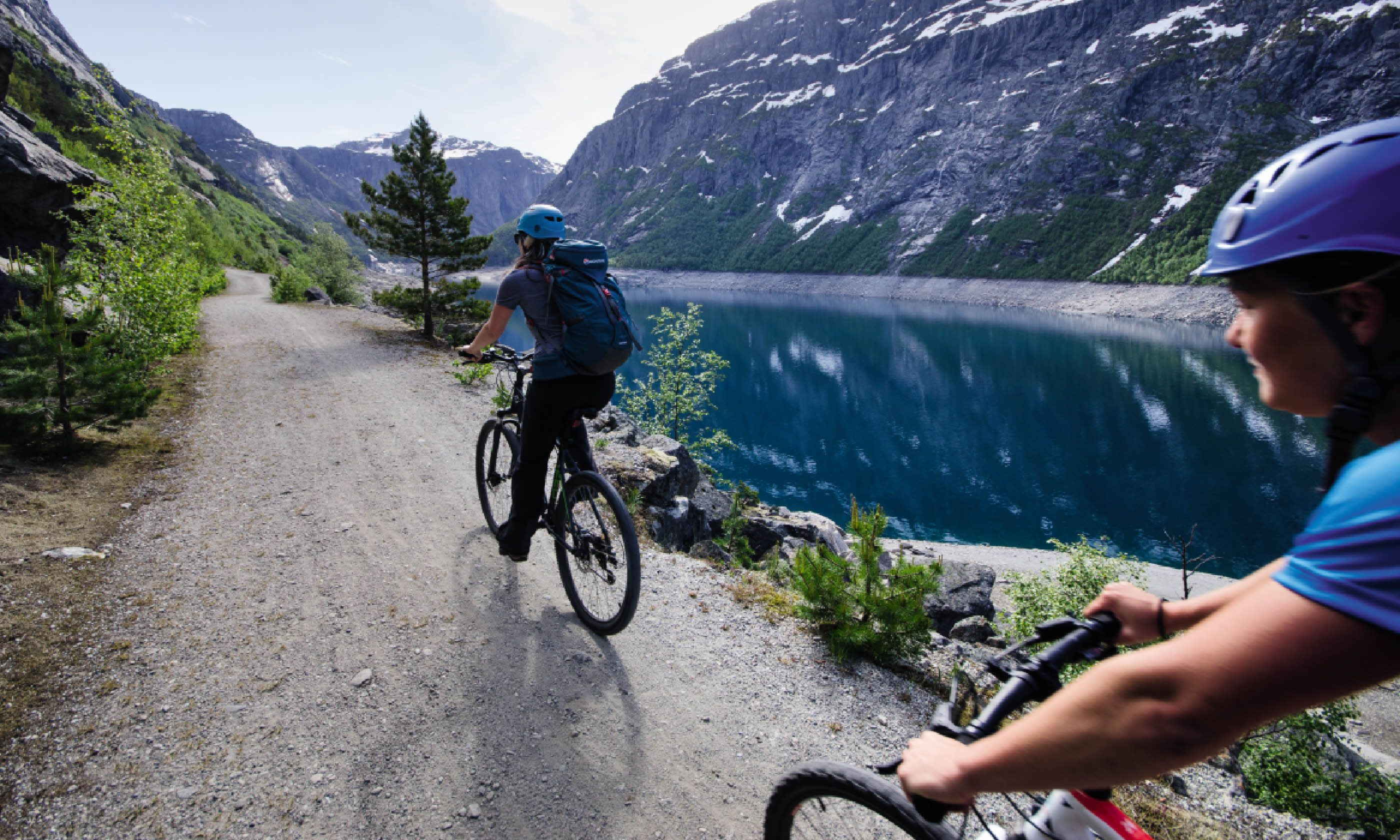 A bike ride on Trolltunga (Neil S Price)