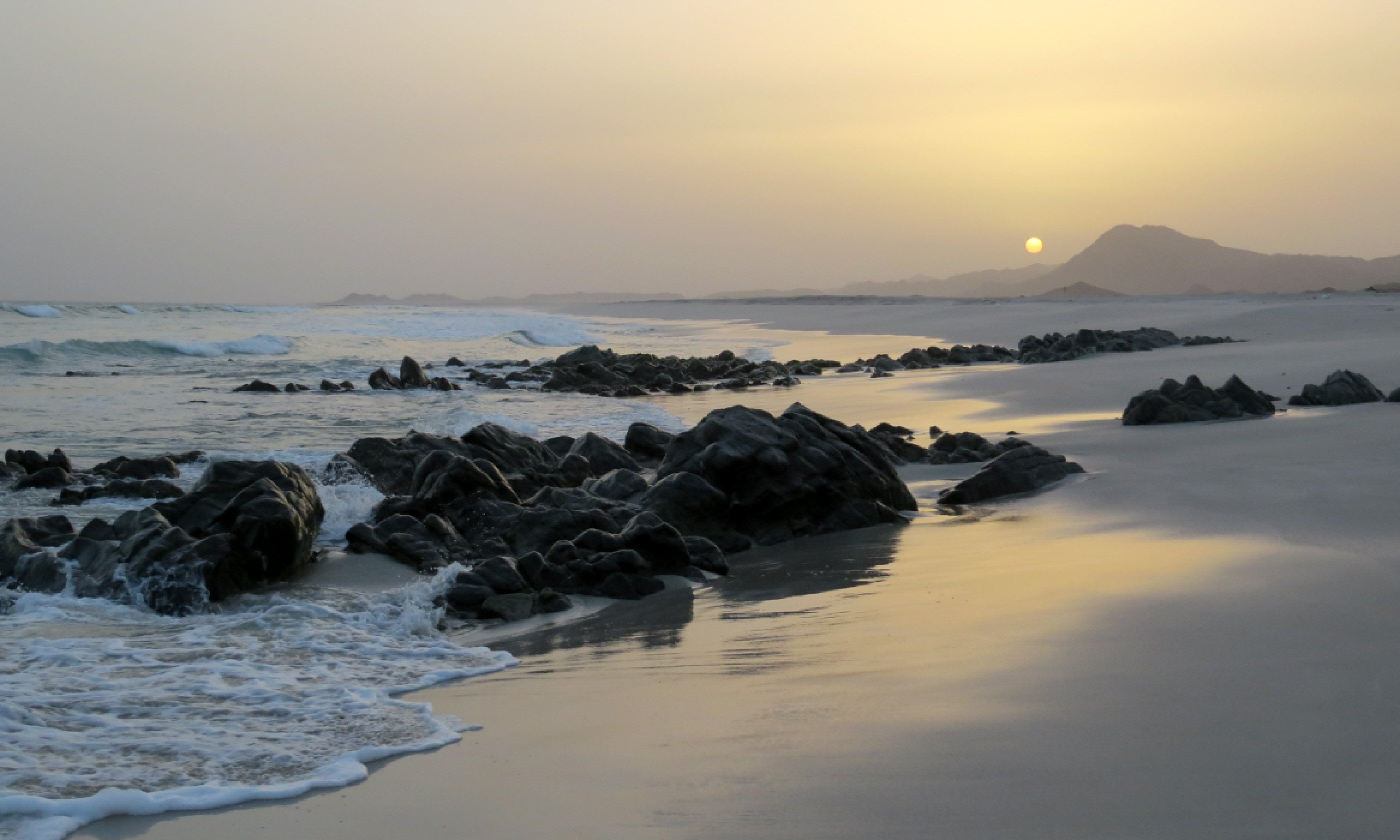 An incredible beach for wild camping, Masirah Island (Hazel Plush)