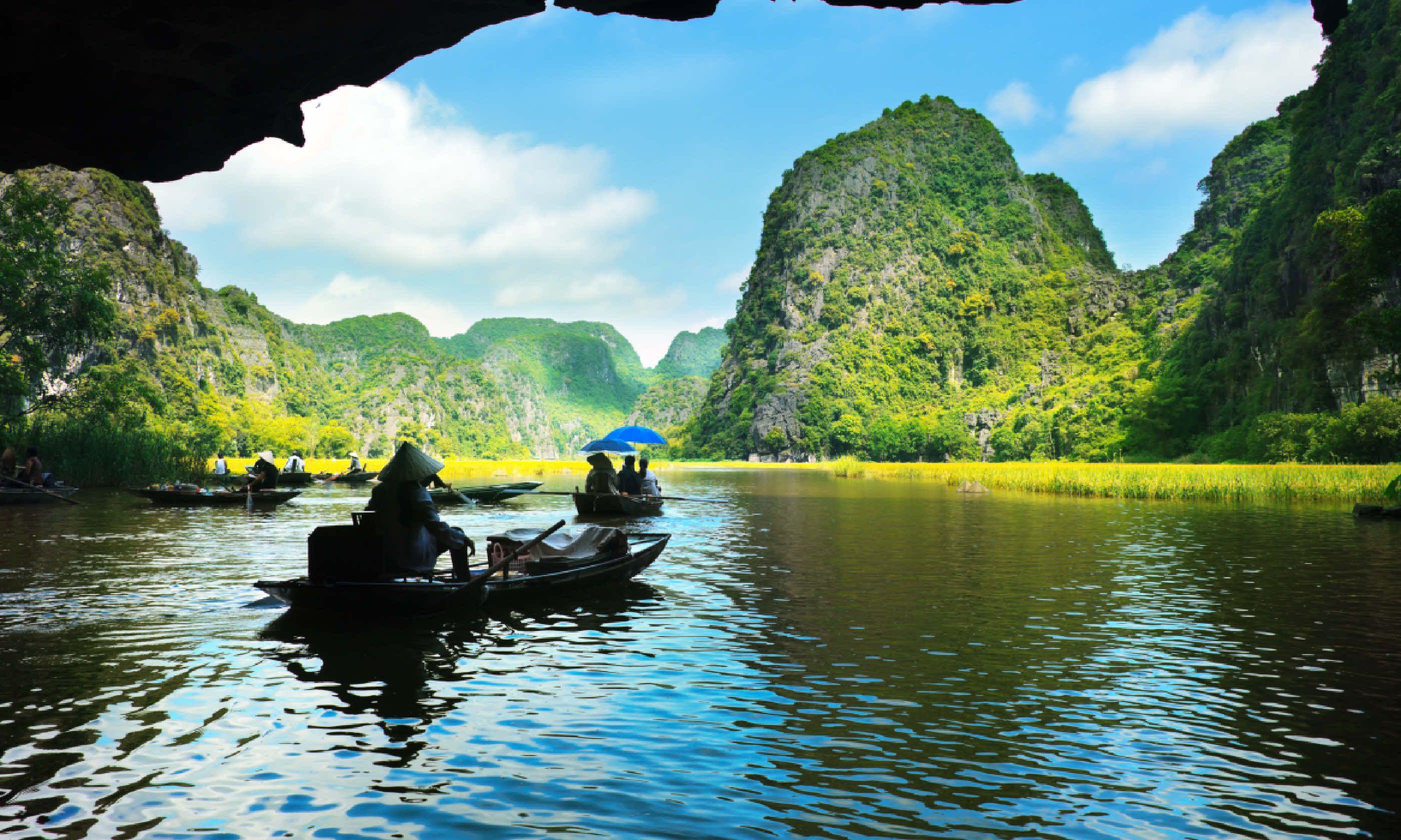 Caves in Vietnam (Shutterstock)
