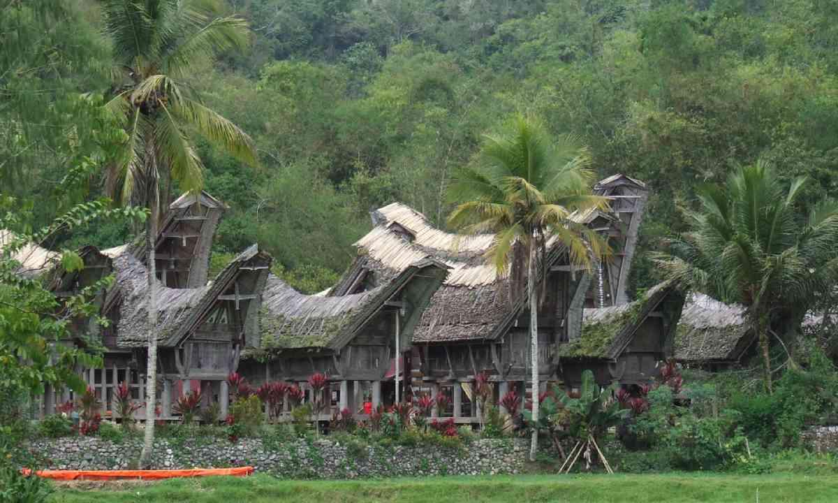 Ke'te Kesu village, Sulawesi (Dreamstime)