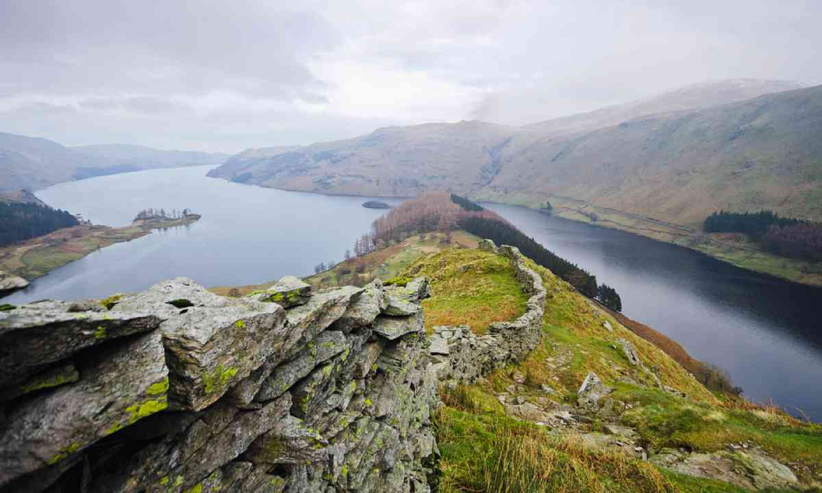 Lakeshore footpath and up Rough Crag (Neil S Price)