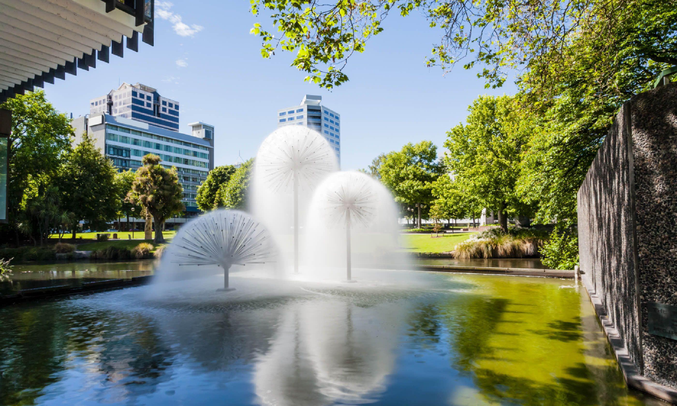 The Ferrier Fountain, Victoria Square, Christchurch (Shutterstock)