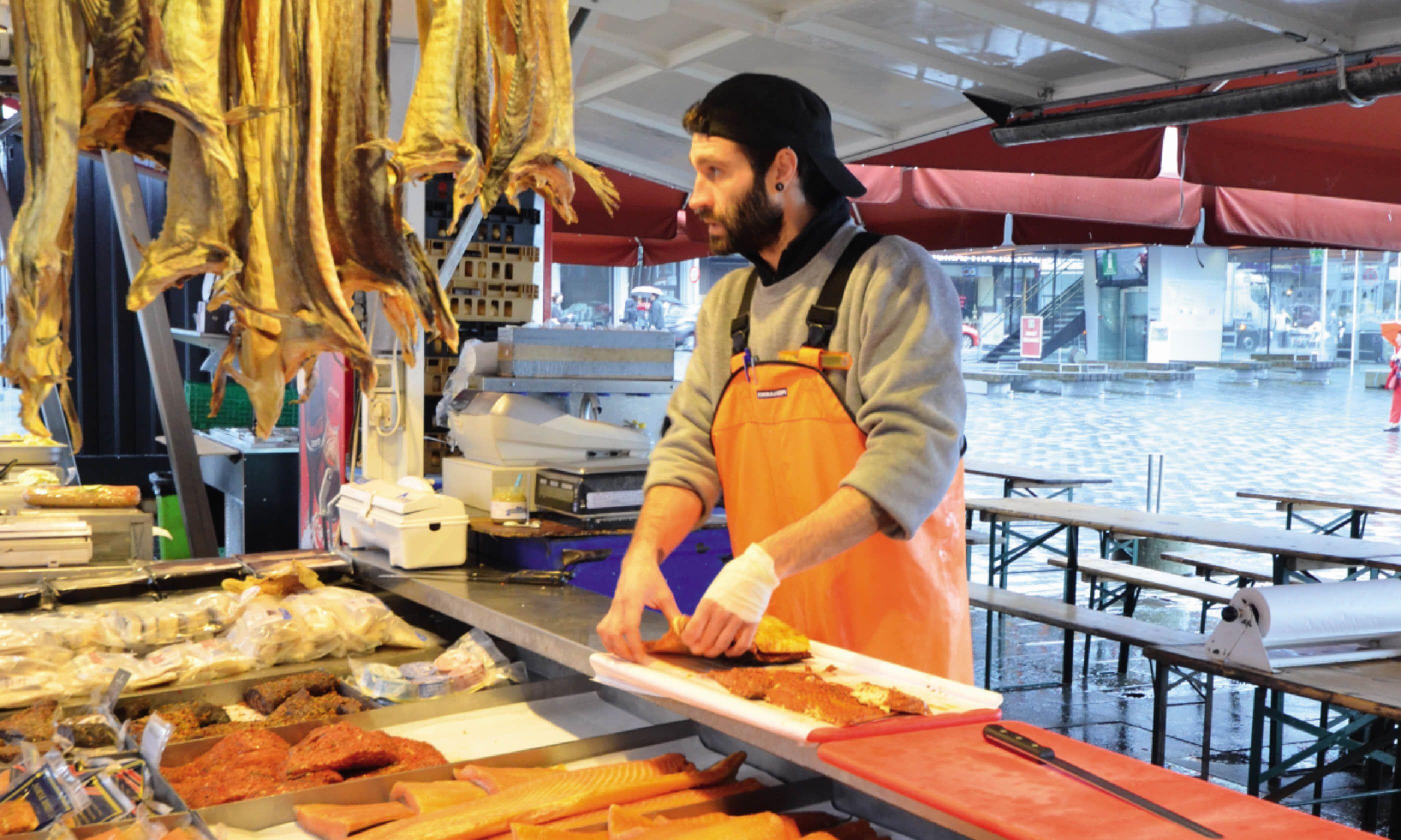 The fish market in Vagen Harbour (Neil S Price)