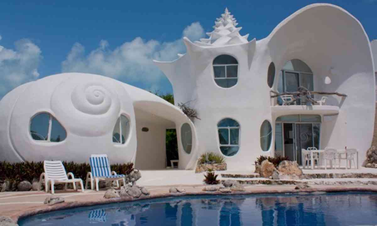 Seashell House (Casa Caracol)