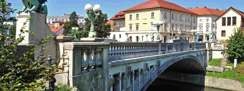 Dragon's bridge, Ljubljana, Slovenia (Shutterstock)
