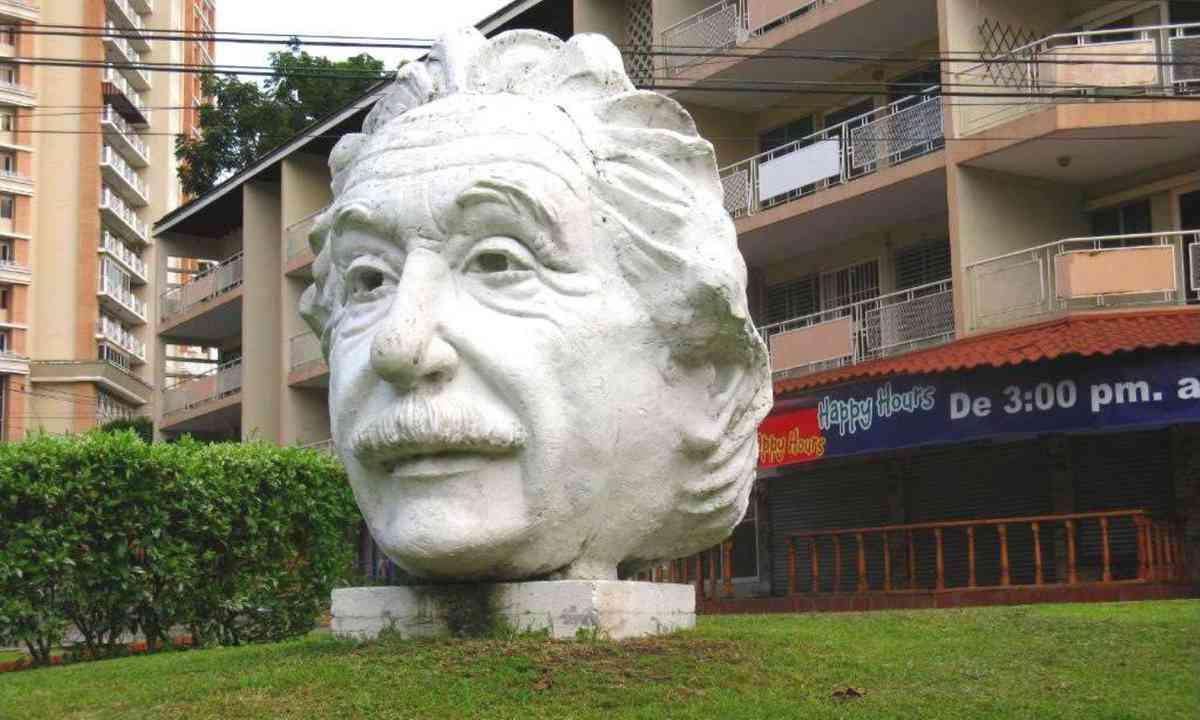 Einstein's Head, Panama (Shutterstock.com)