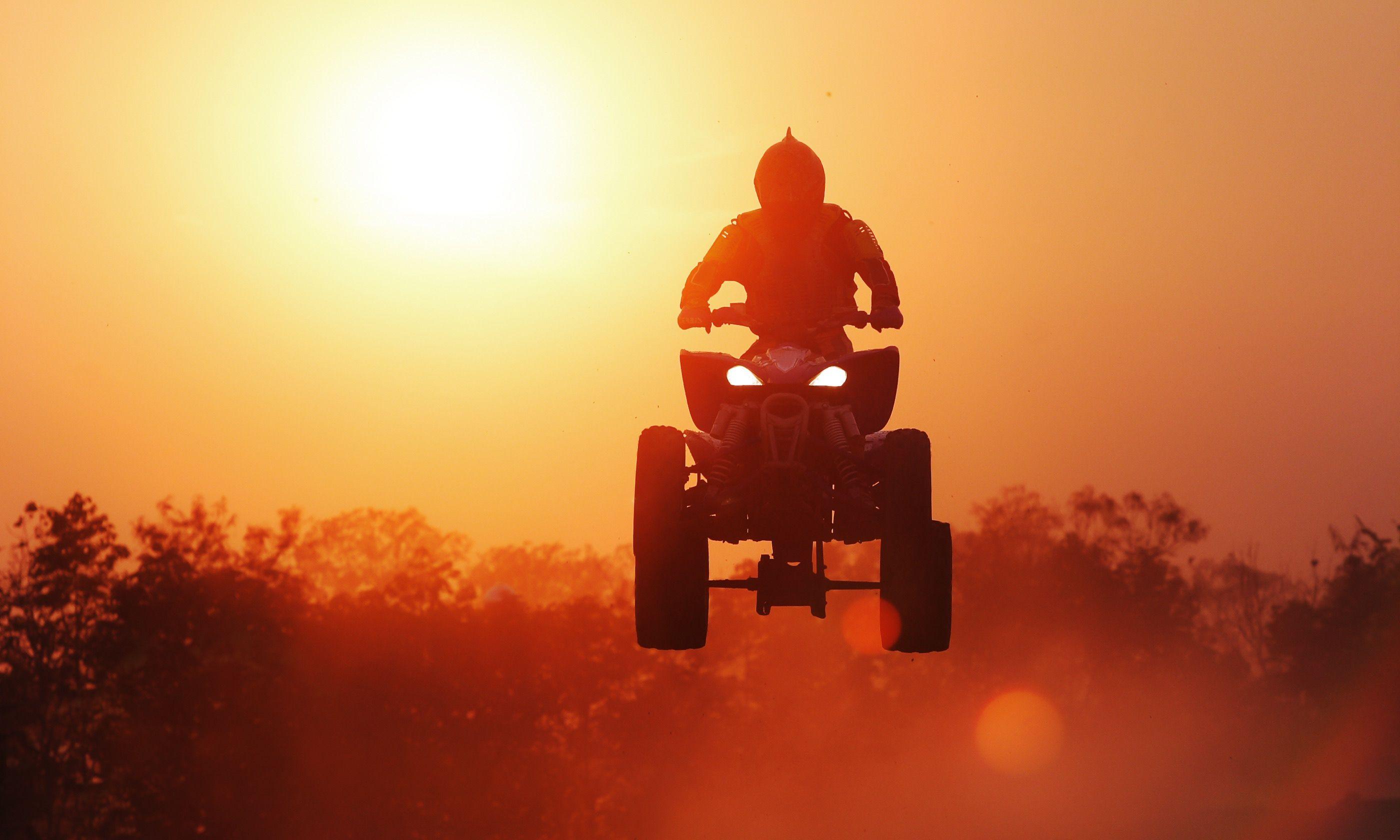 Quad bike silhouette (Shutterstock.com)