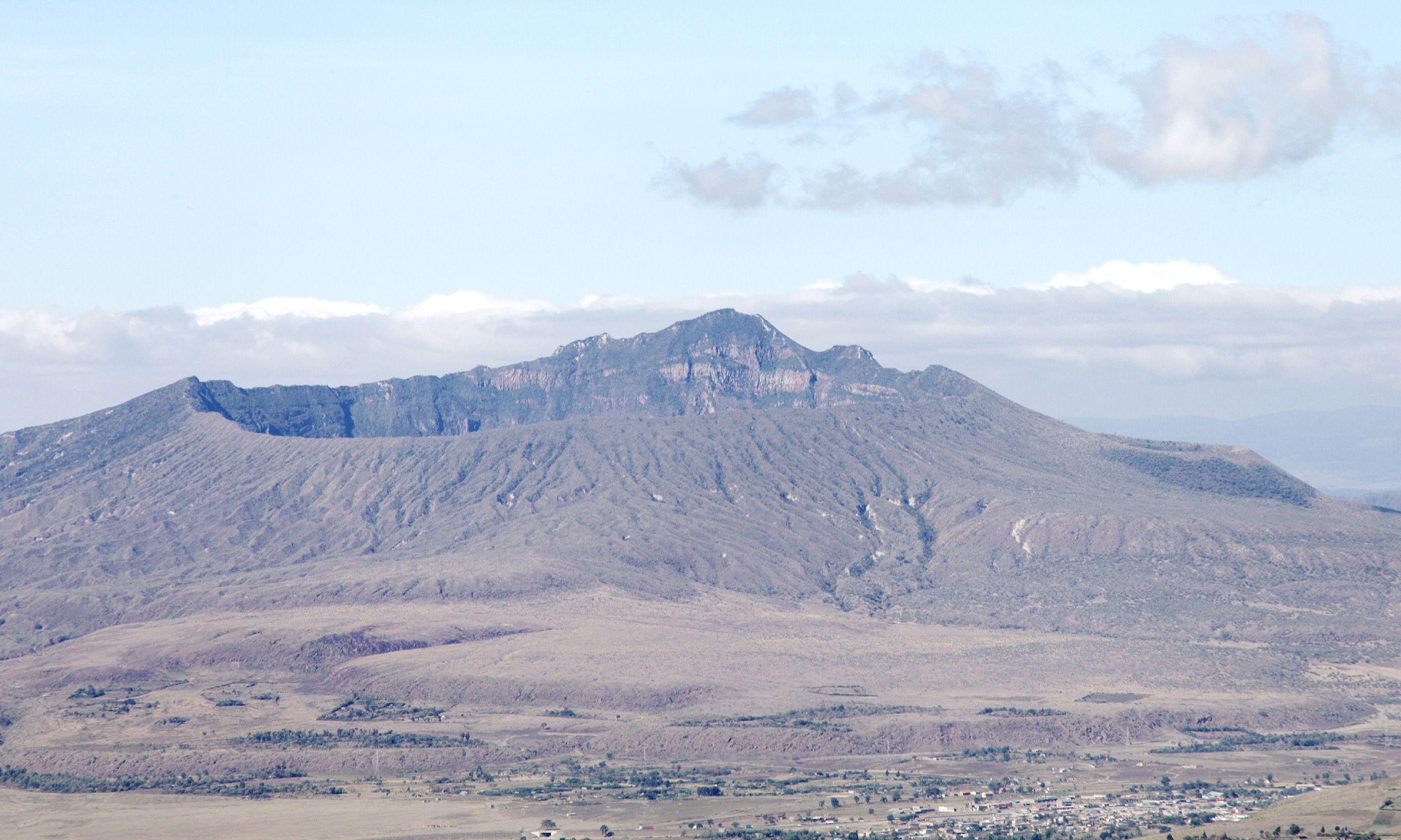Longonot Crater, Kenya (Shutterstock.com)