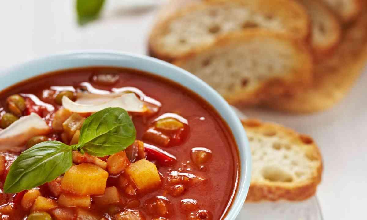 Minestrone soup (Shutterstock)