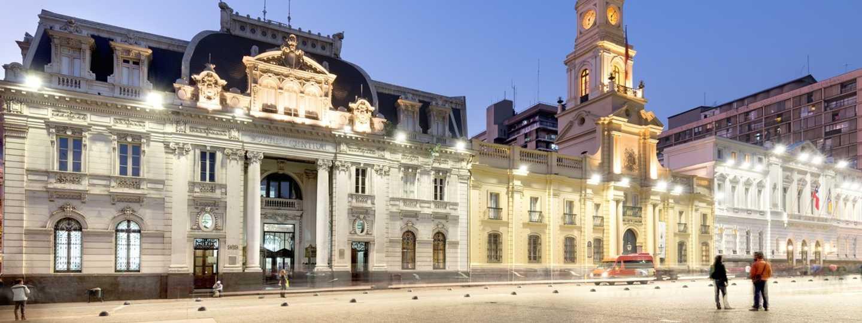 Plaza de Armas, Santiago (Dreamstime)