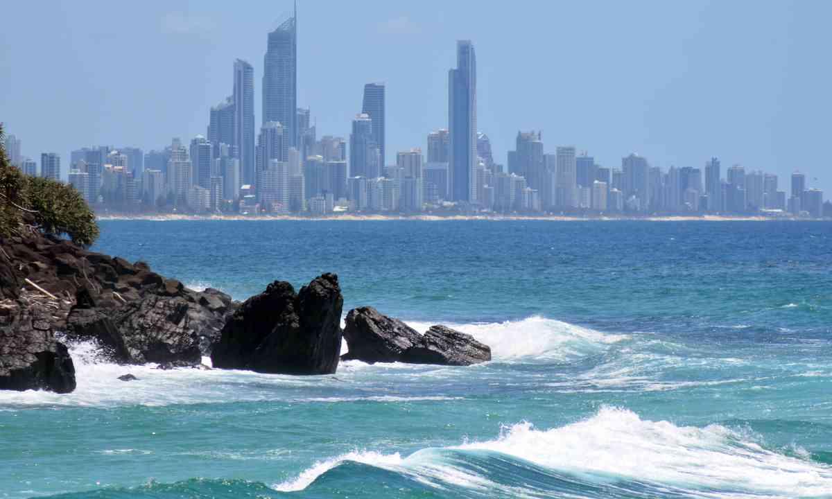Surfers Paradise (Shutterstock.com)