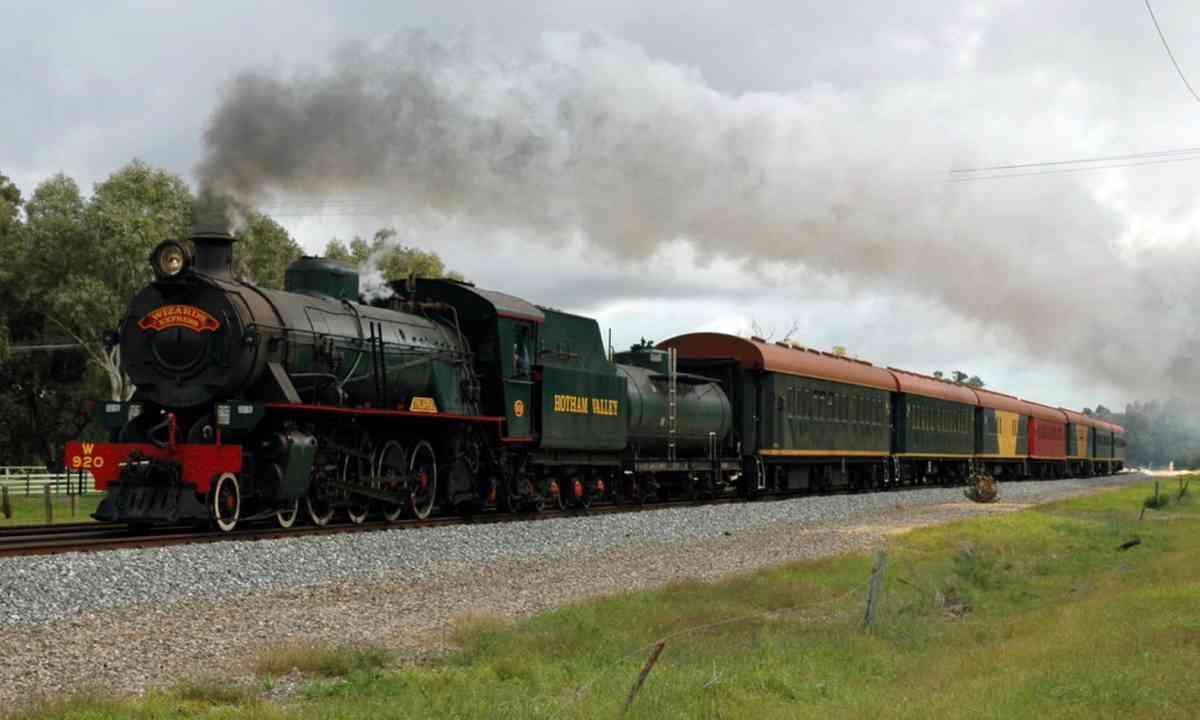 Hotham Valley Railway (Creative Commons: Nachoman-au)