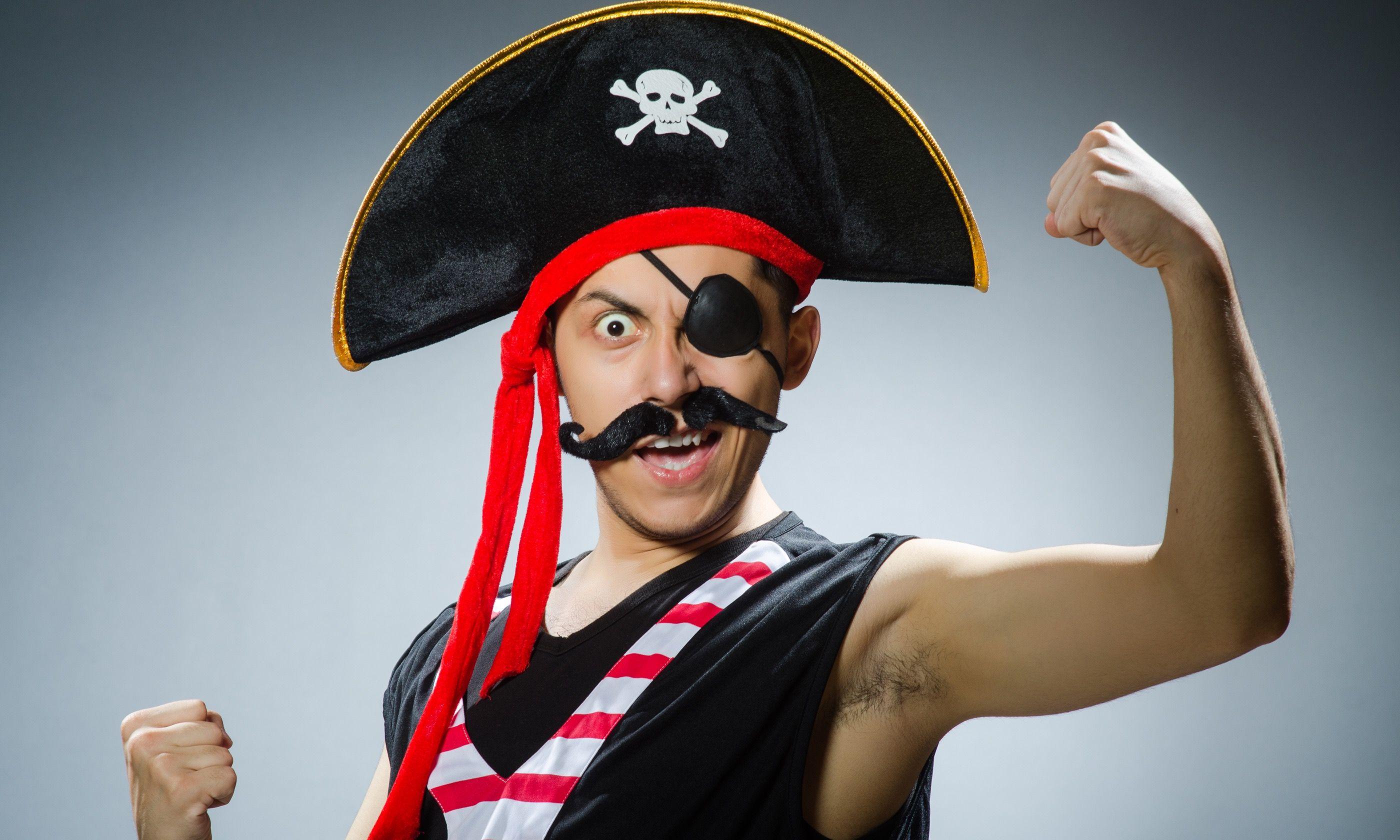 Man dressed as pirate (Shutterstock.com)
