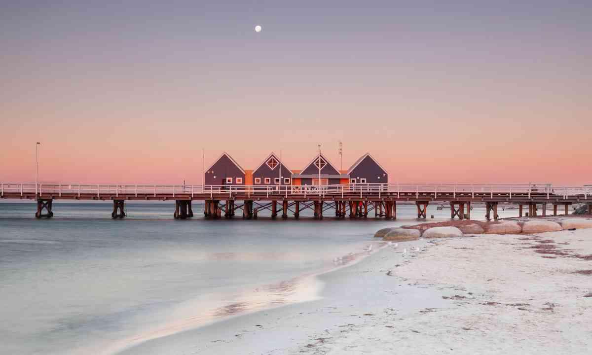 Busselton Pier, WA (Shutterstock.com)