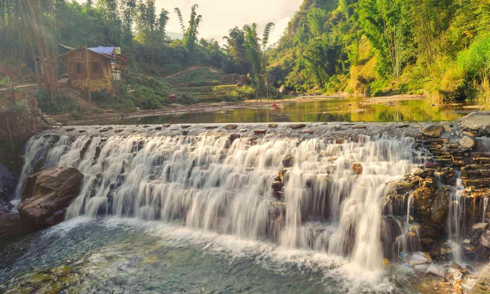 Little Tien Sa waterfall (Shutterstok.com)