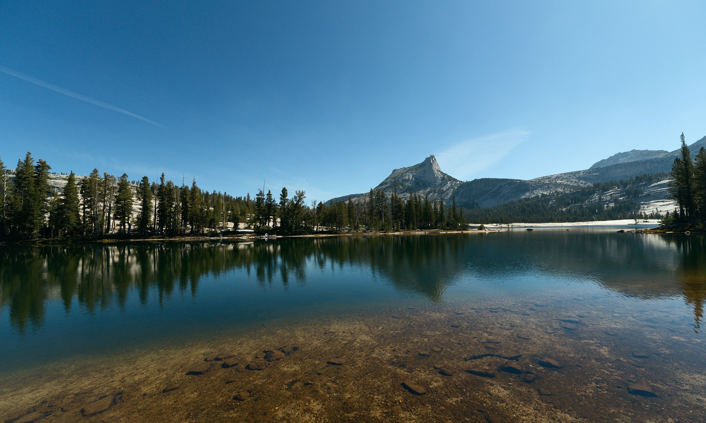View of Cathedral Rock from Lower Cathedral Lake (Shutterstock.com)
