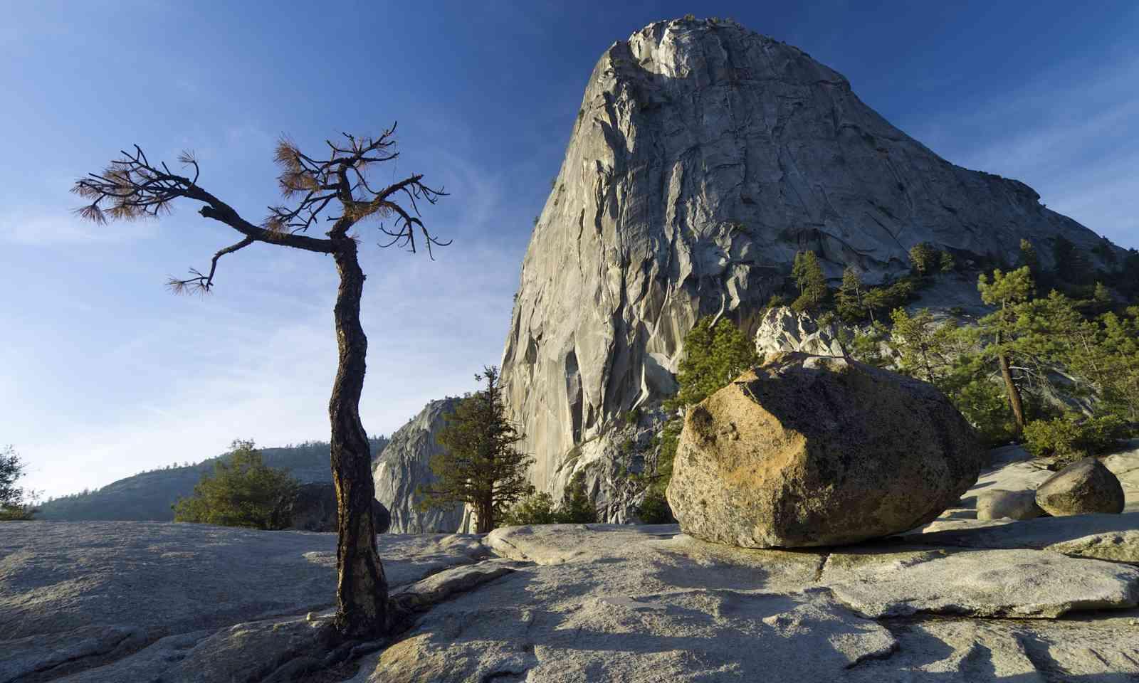 Liberty Cap, Yosemite (Shutterstock.com)