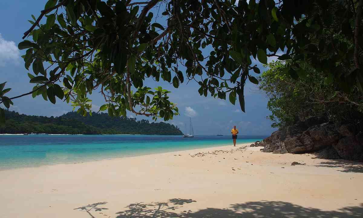 Deserted beach, Ko Rok, Thailand (Jamie Furlong)