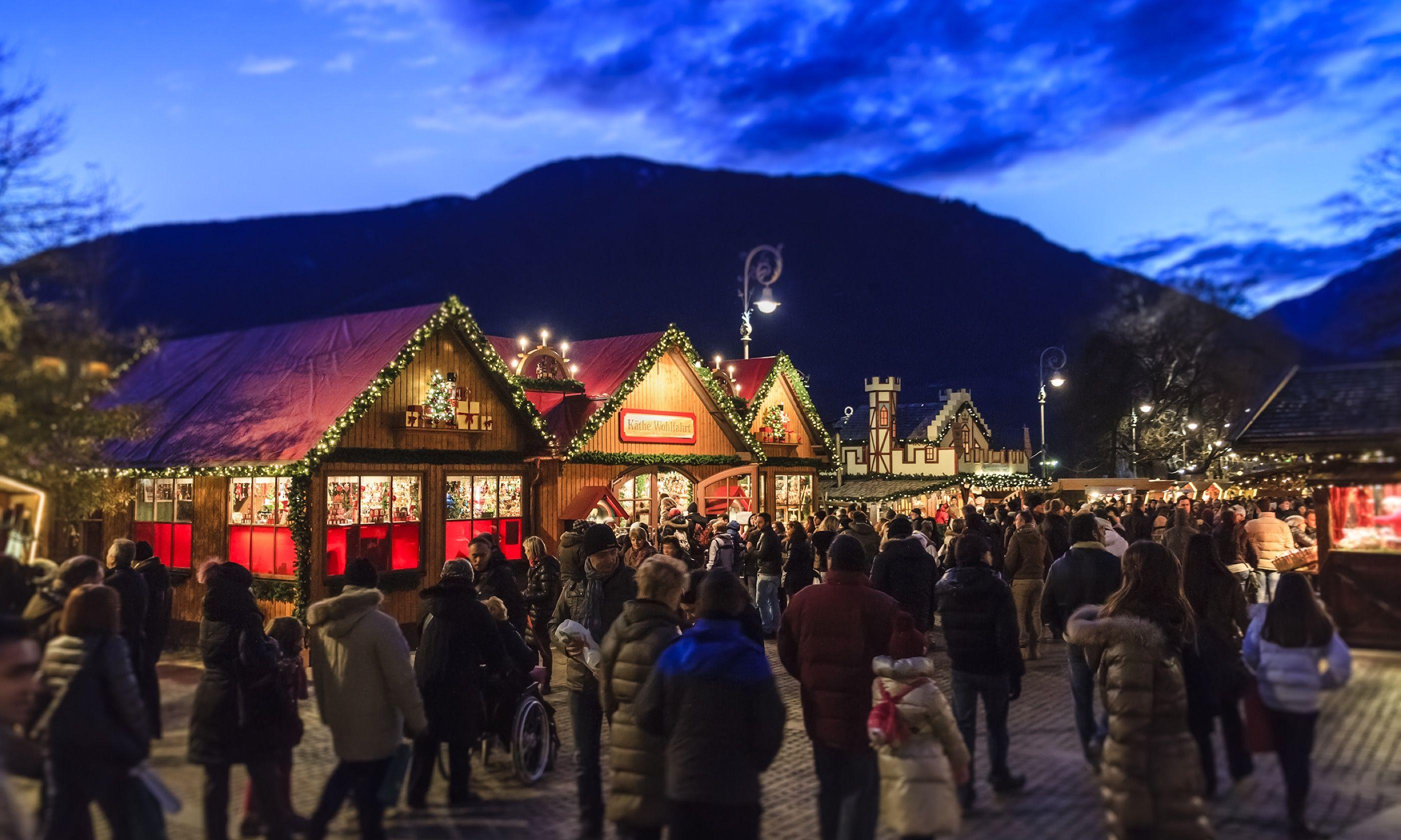 Christmas Markets, Merano (Shutterstock.com)