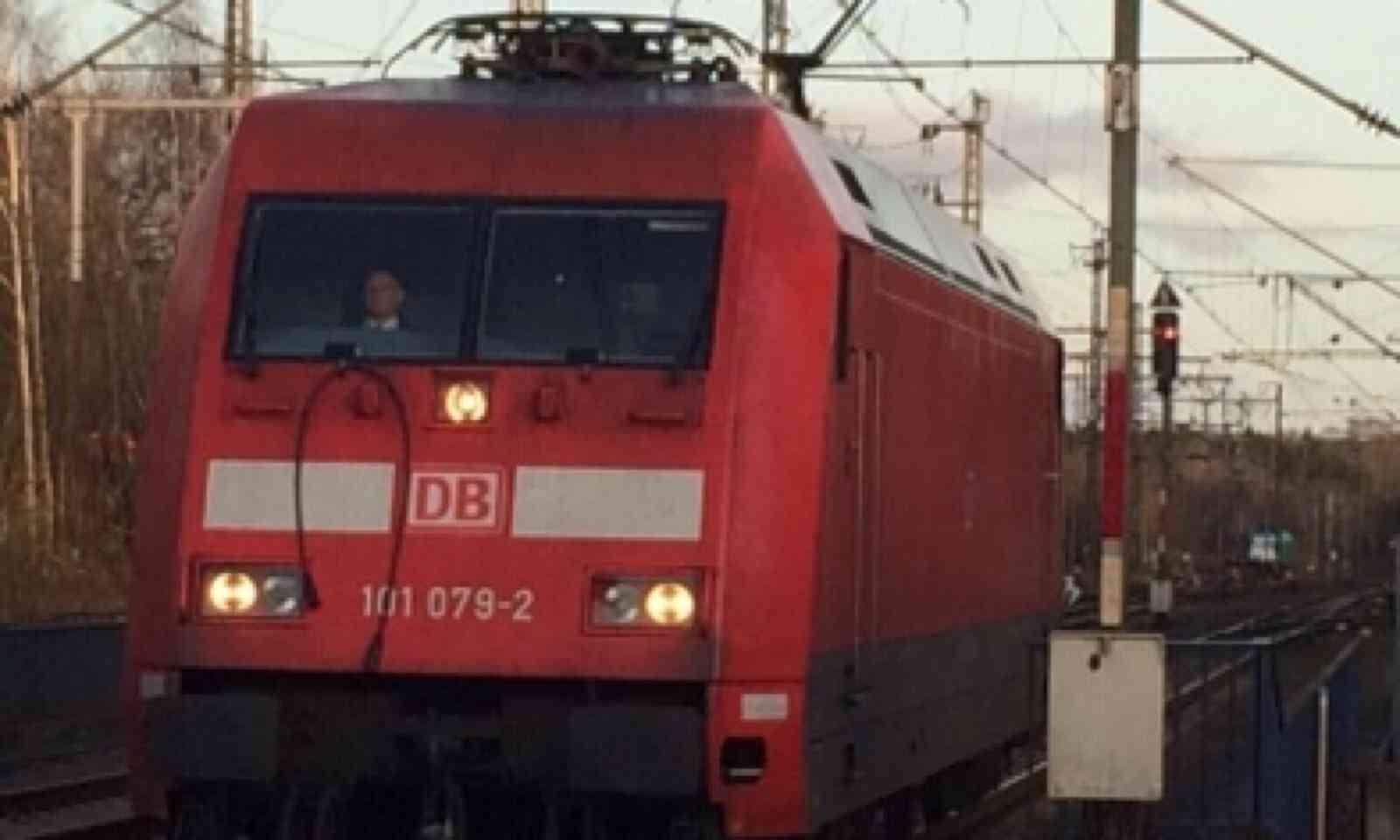 DB Bahn Loco (Matthew Woodward)
