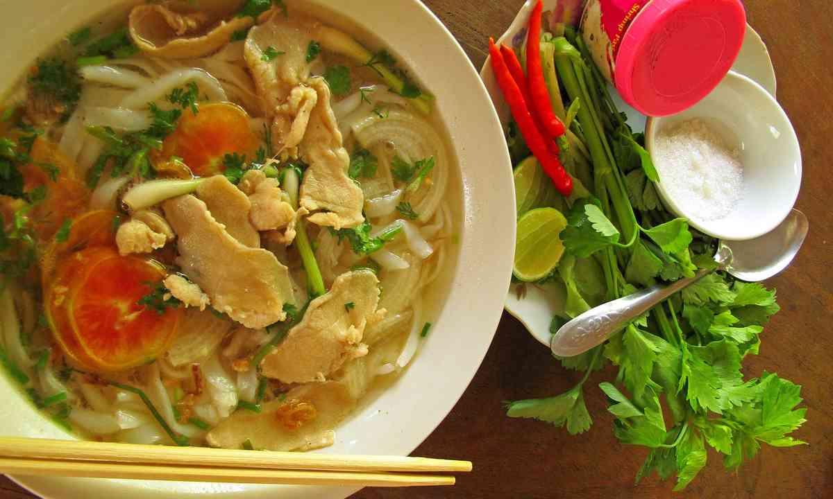 Noodle soup (Dreamstime)