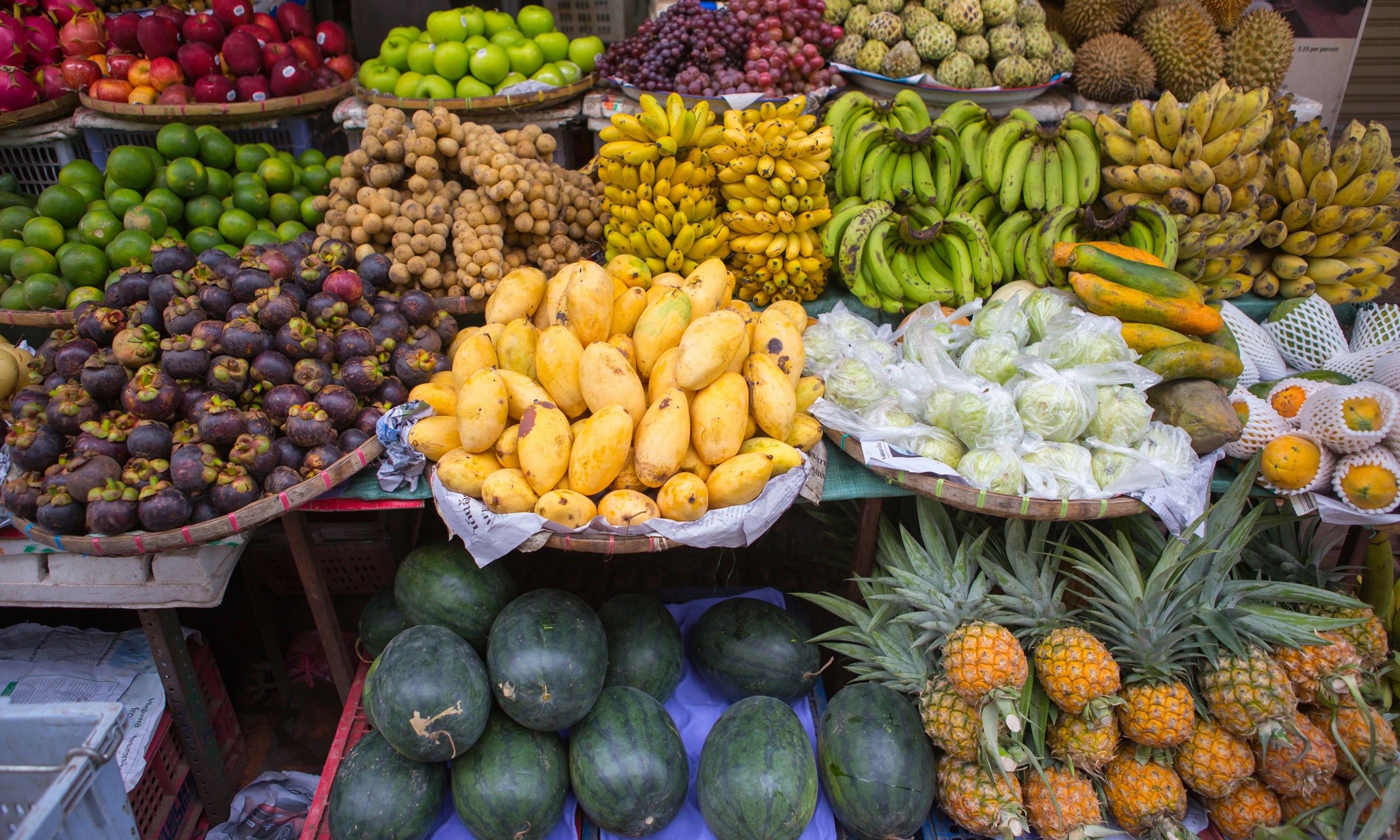 Roadside fruit stall, Laos (Shutterstock.com)