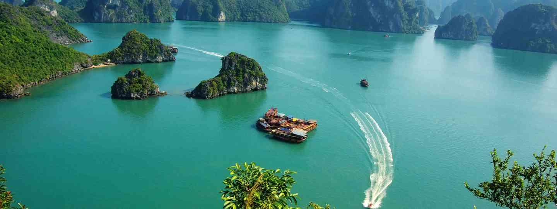Ha Long Bay, Vietnam (Dreamstime)