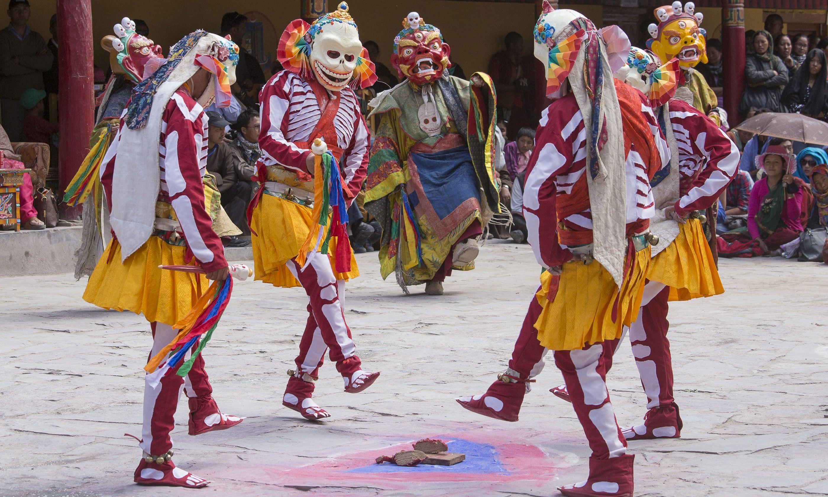 Masked dance during Hemis Festival (Shutterstock.com)