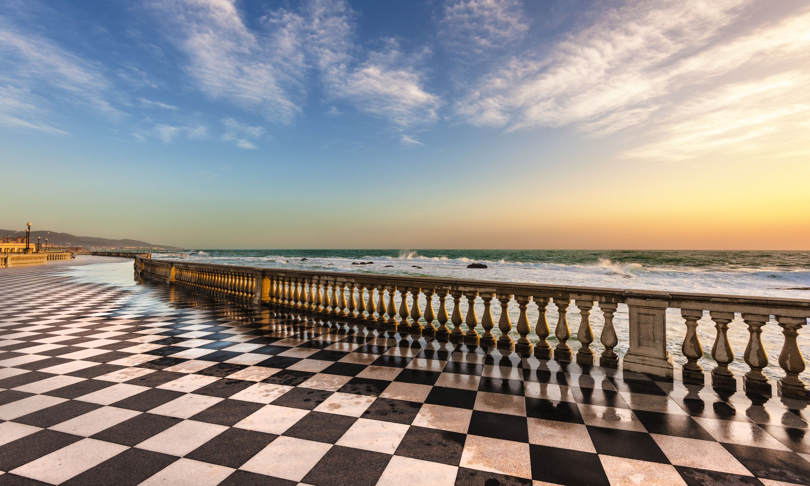 Terrace Mascagni (Shutterstock.com)