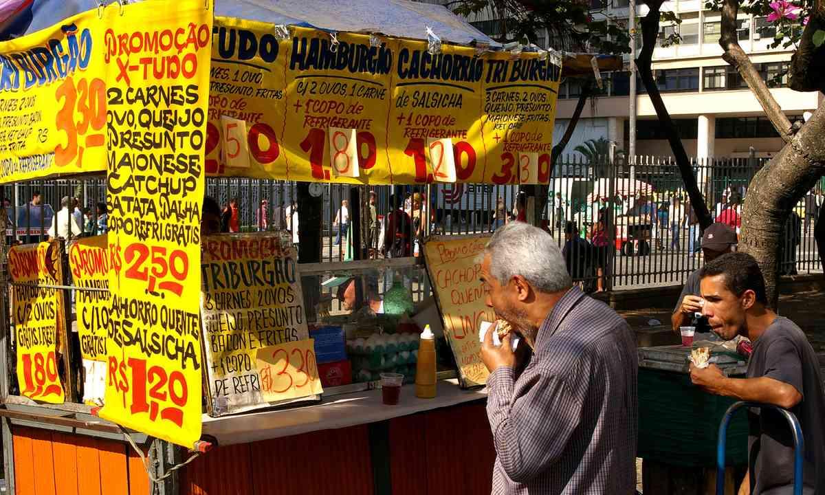 Street Food in Rio (Dreamstime)