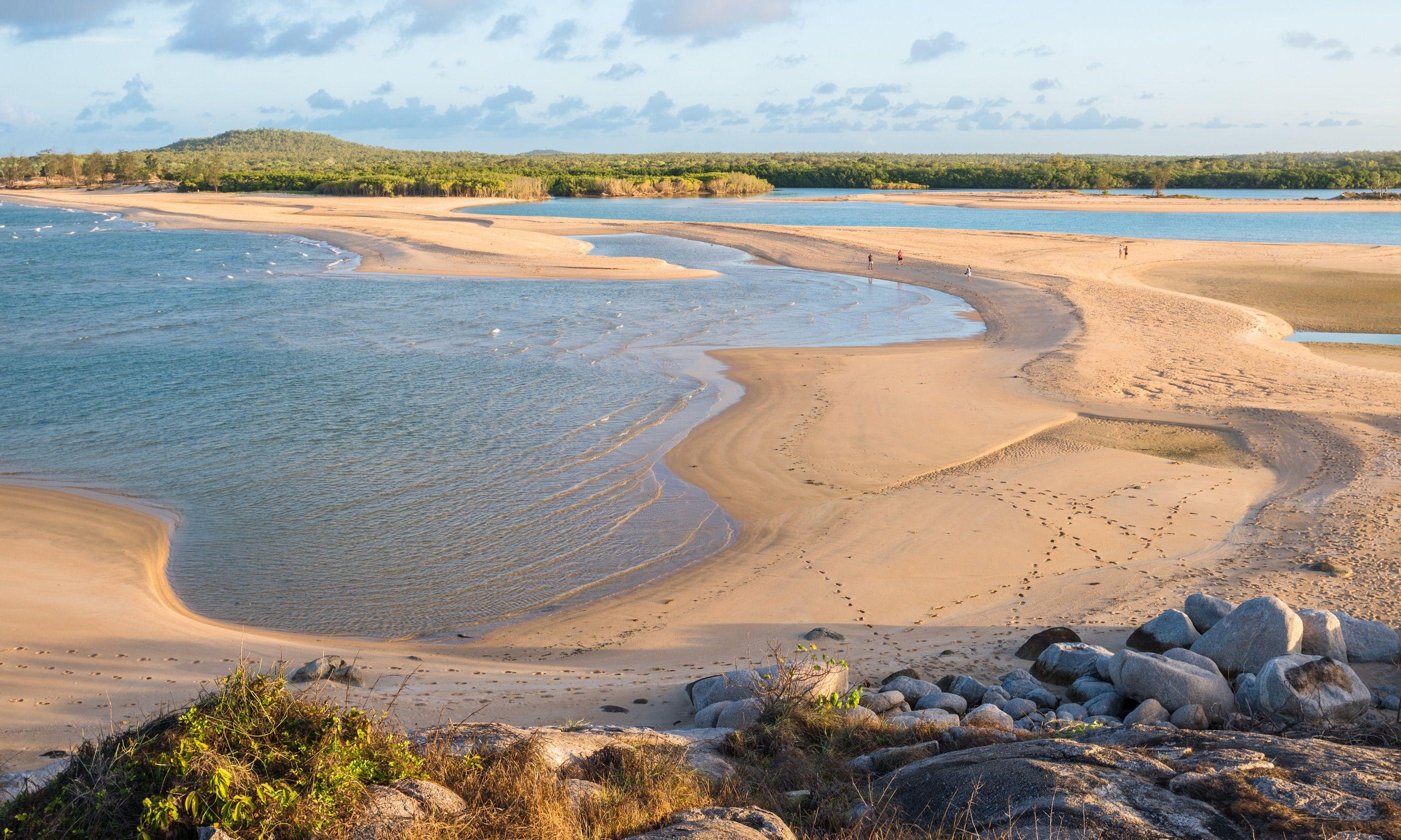 Coast near Nhulunbuy (Shutterstock.com)