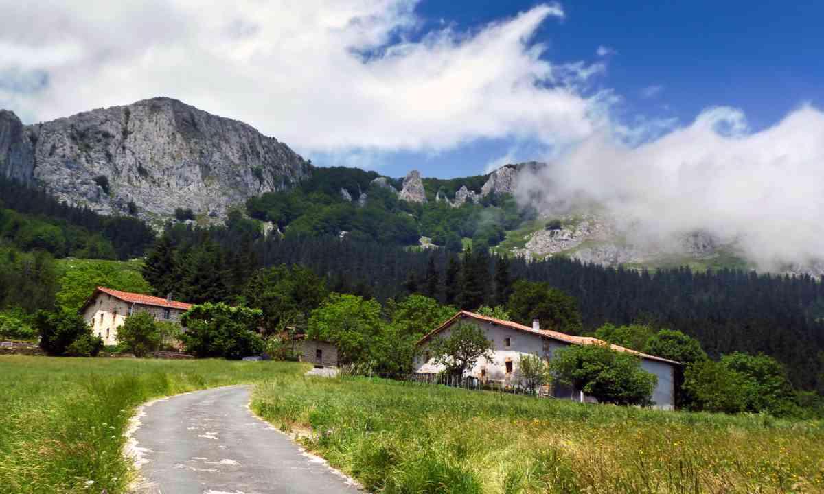 Basque farmhouse (Dreamstime)