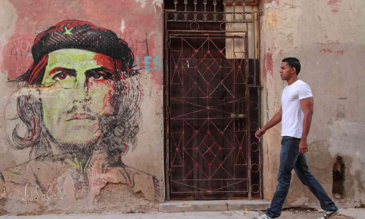 Street art in Havana (Shutterstock)