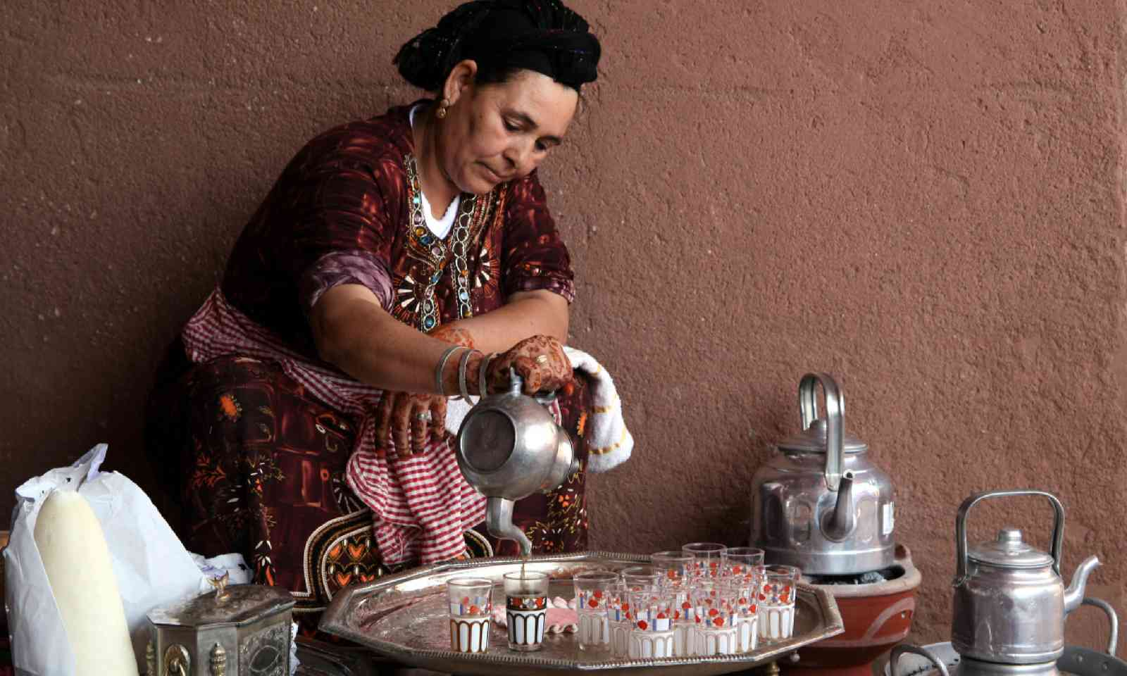 Berber woman performs a tea ceremony in Marrakesh, Morocco (Shutterstock)