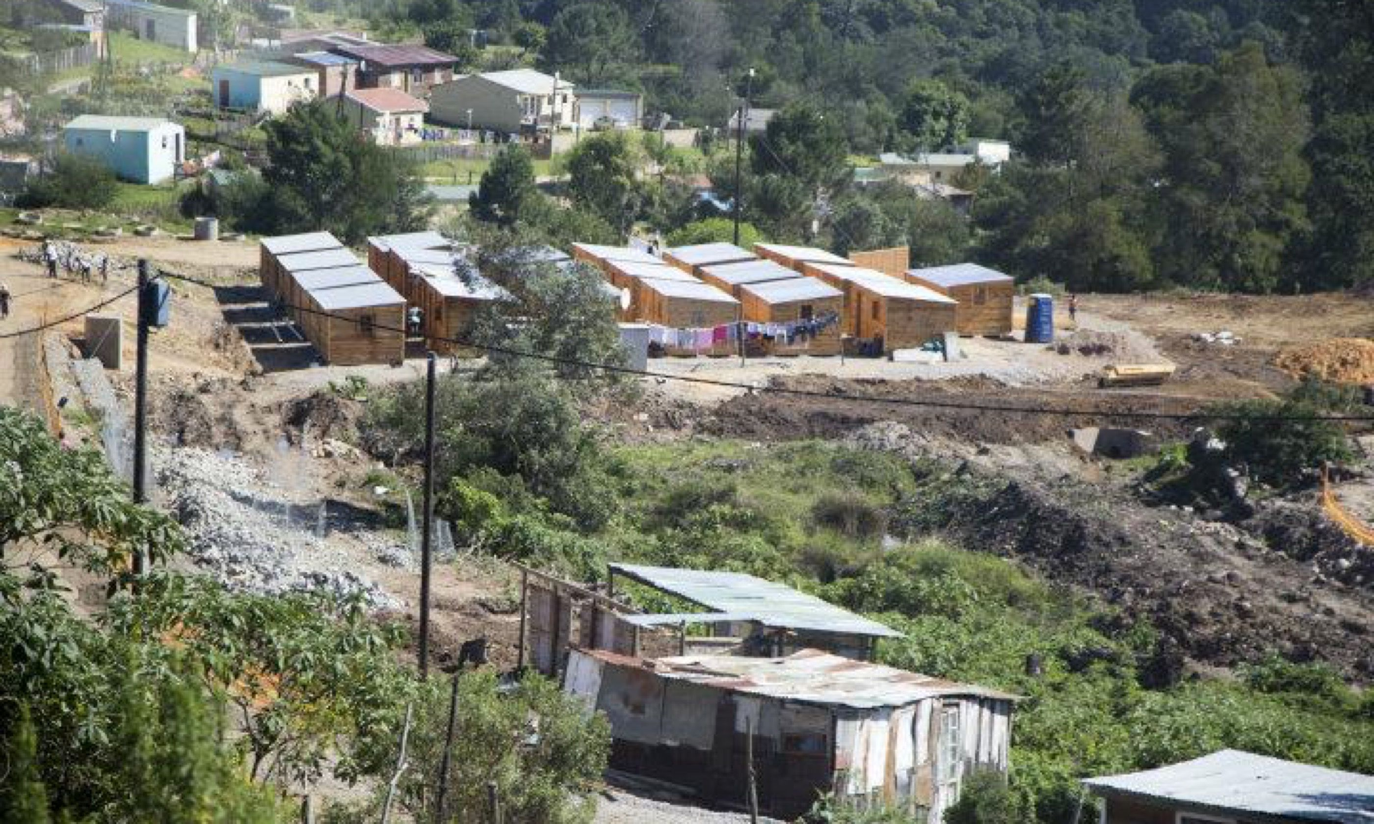 New houses in Knysna township (M.Cagol)