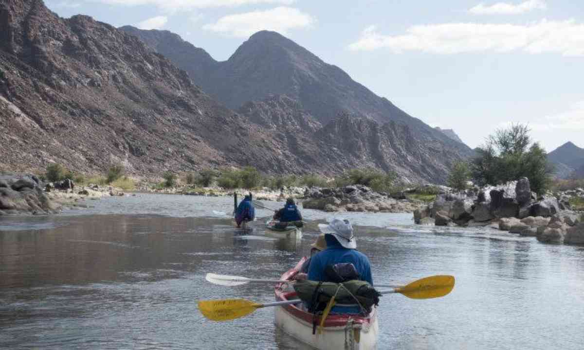Paddling on the Orange River (Edwina Cagol)