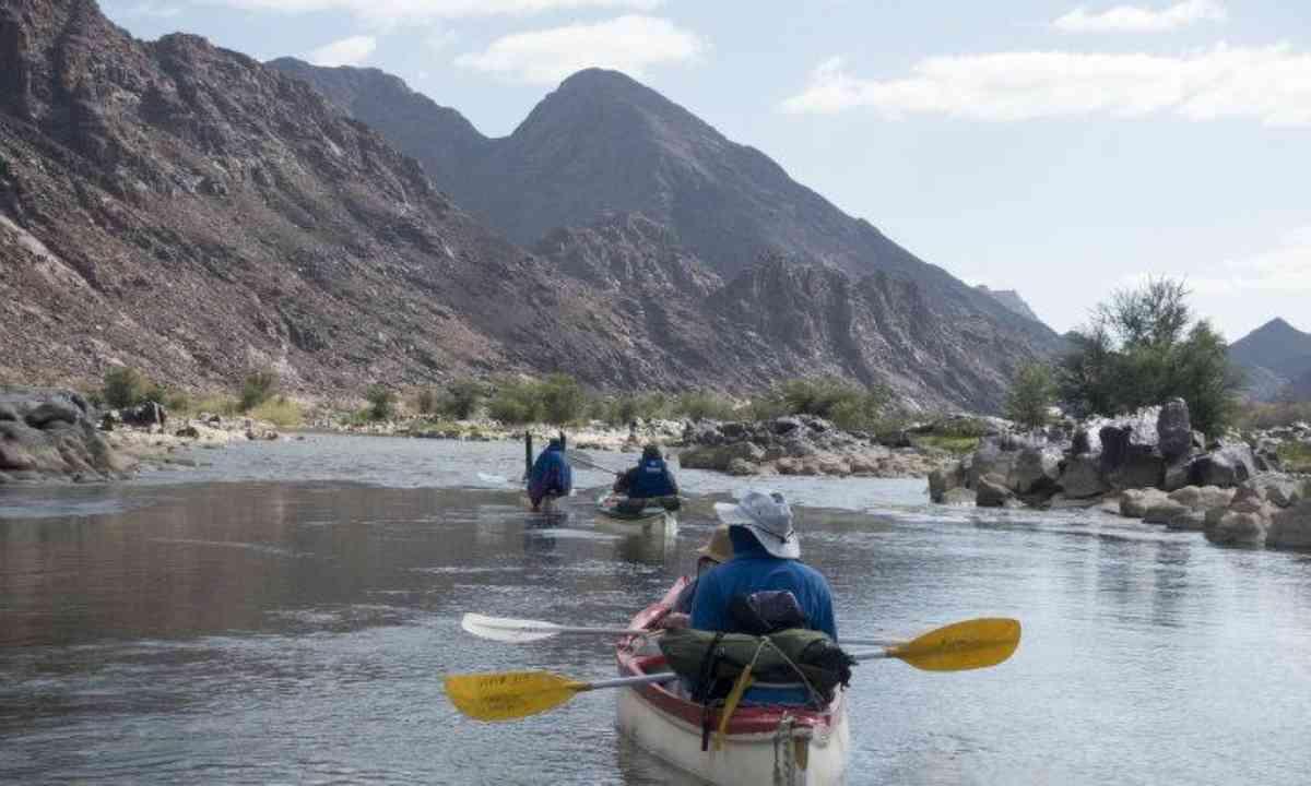 Paddling on the Orange River (Edwina Cagol)