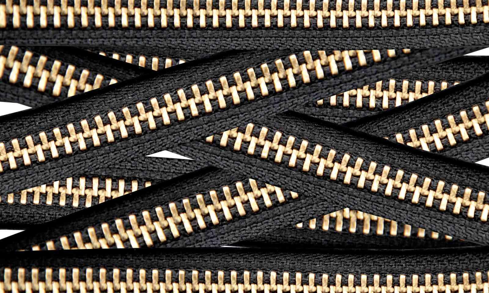 Zippers (Shutterstock.com)