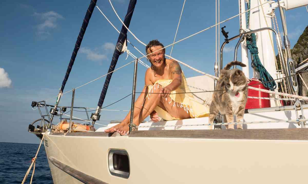 Millie and Liz aboard the Esper (Jamie Furlong)