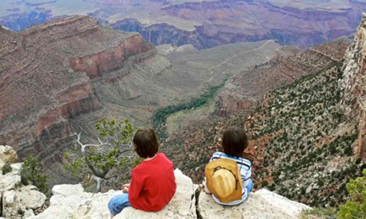 The Gows and the Grand Canyon (Melanie Gow)