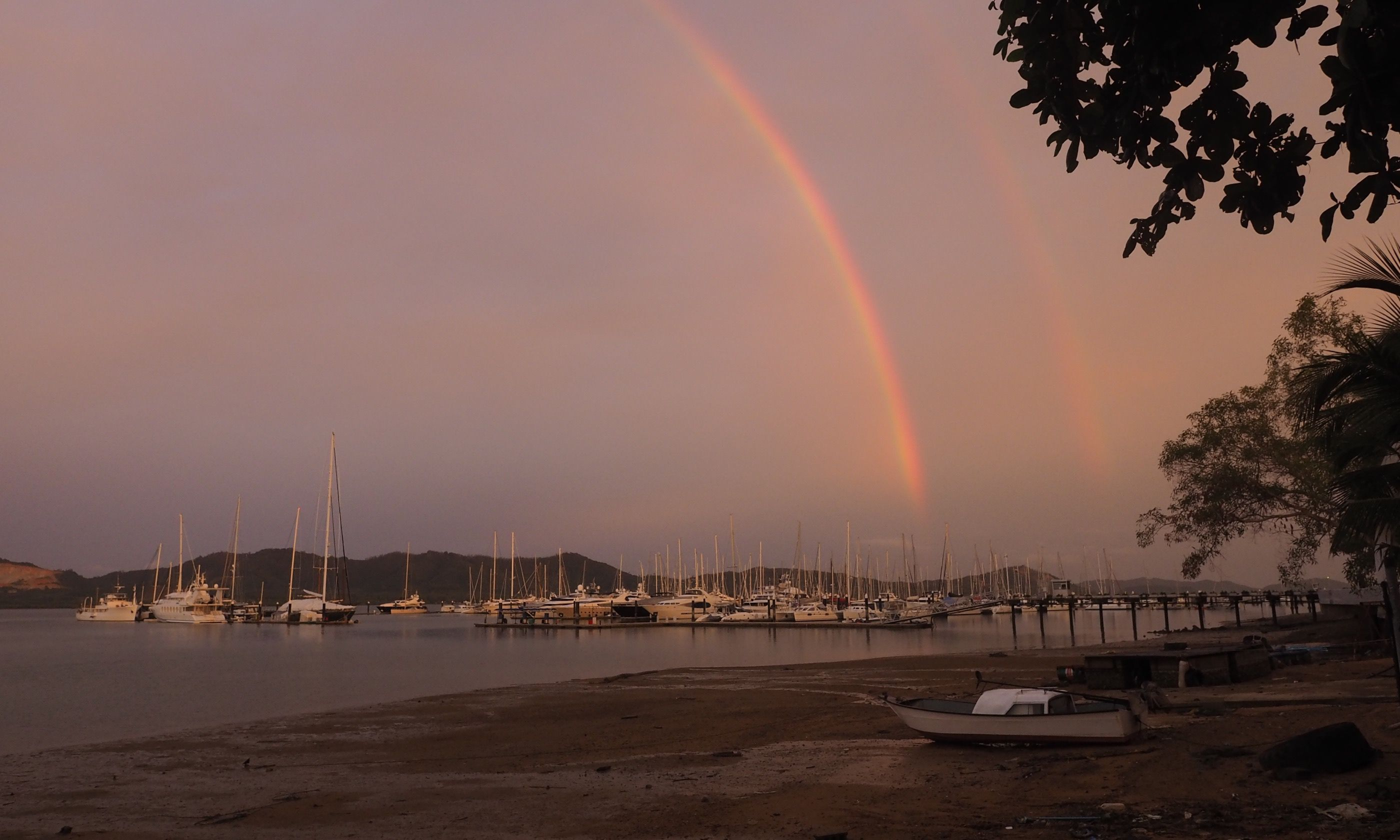 Rainbows over the marina (Jamie Furlong)