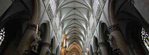 Imposing, magestic... and free! Brussels Cathedral (Tabula Electronica)