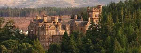 Carbisdale Castle, Scotland (di_greatoudoors)
