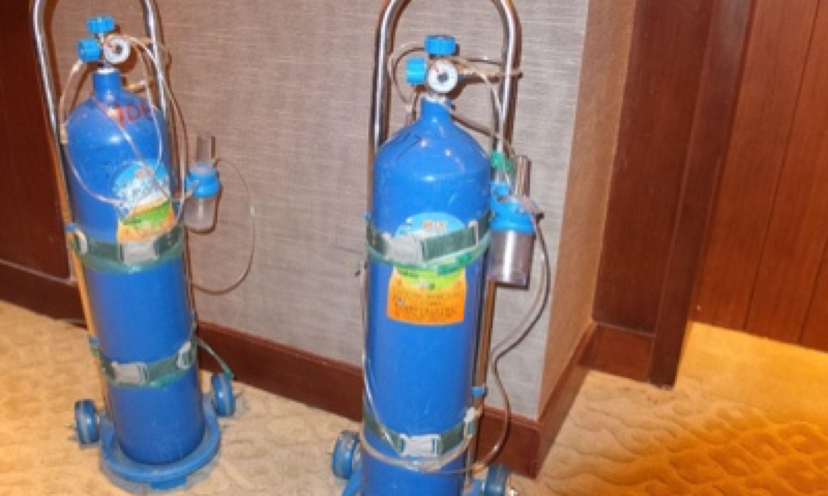 Hotel oxygen supplies (Matthew Woodward)