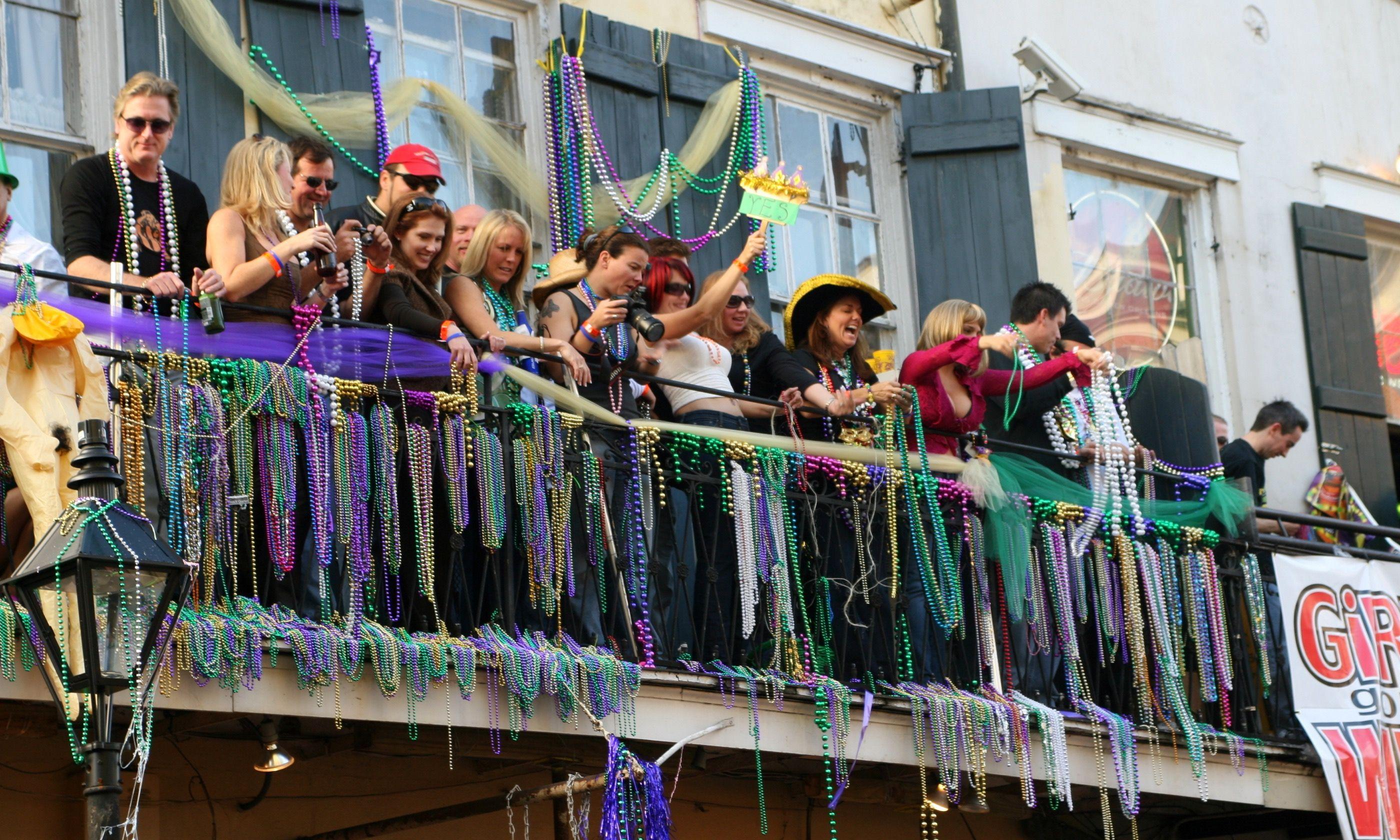 Celebrating Mardi Gras (Dreamstime)