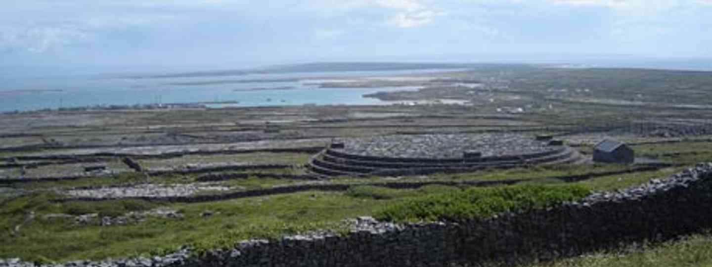 Find real solitude on the Aran Islands (pablocanateam)
