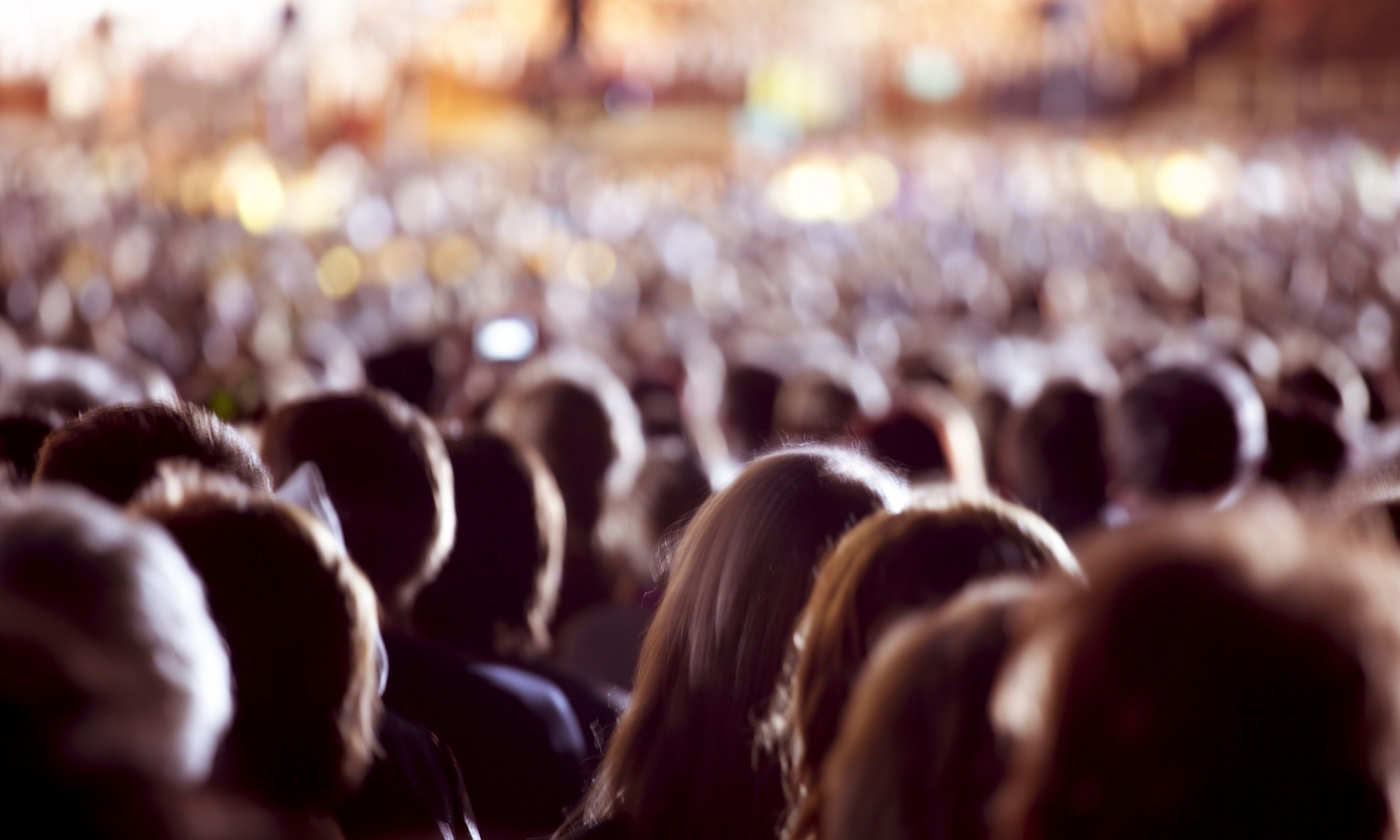 Blend into the crowd (Dreamstime)