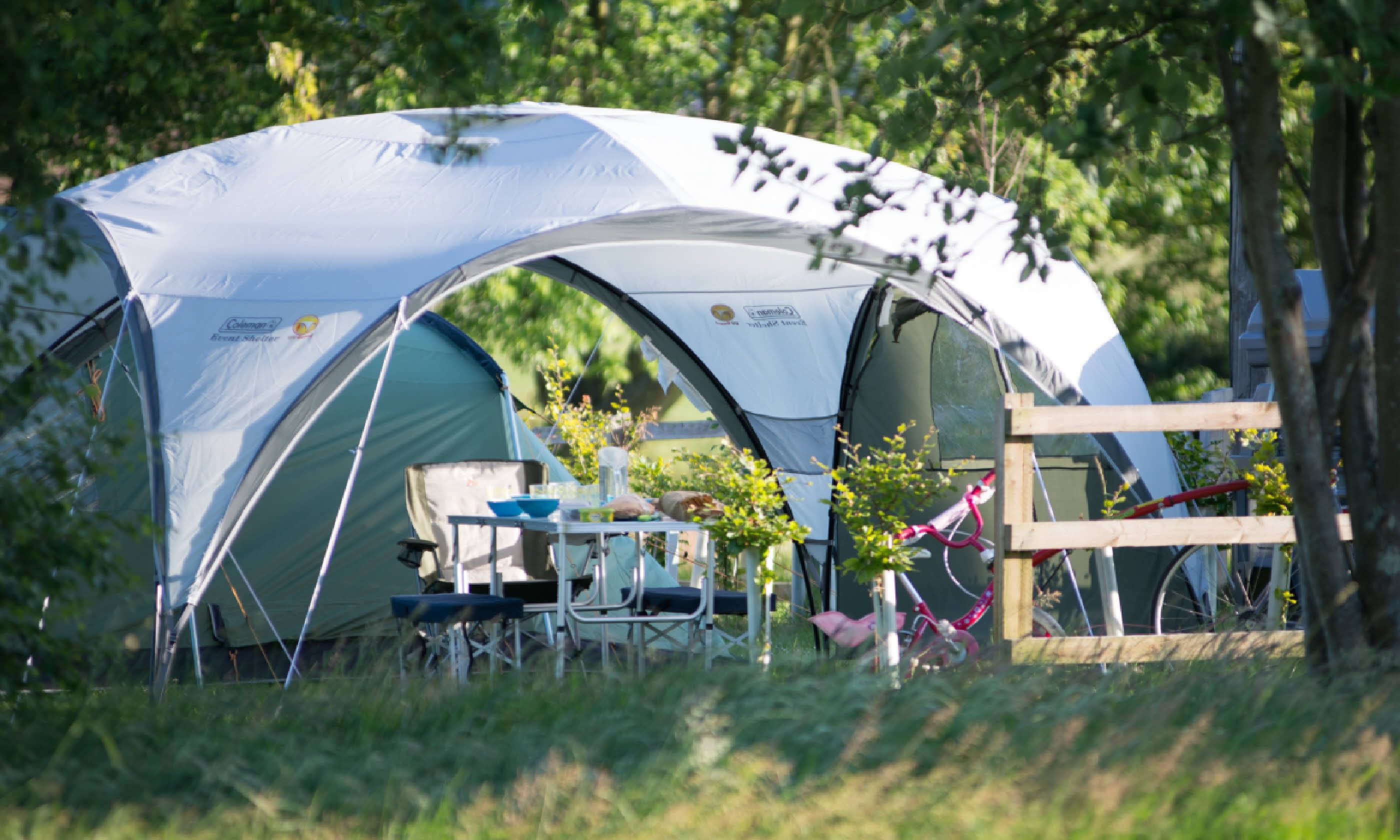 Whatu0027s allowed Tents touring caravans motorhomes u2013 all welcome. Cyclists or guests arriving on foot and/or by public transport do not pay a pitch fee. & Top 10 cool campsites in England and the Isle of Wight | Wanderlust