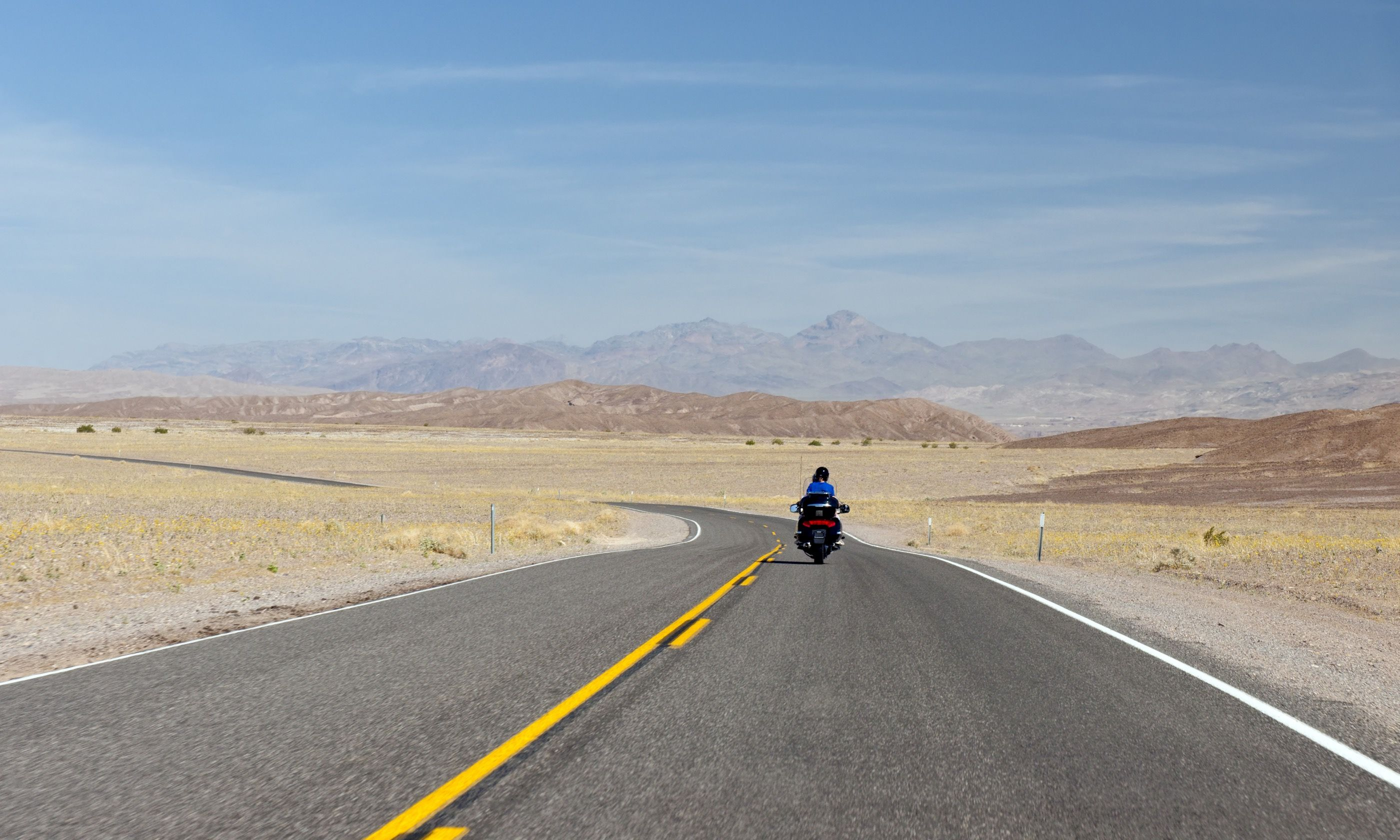 Motorcyclist in the Mojave desert (Dreamstime)