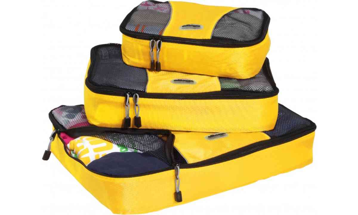 Packing cubes (Dreamstime)